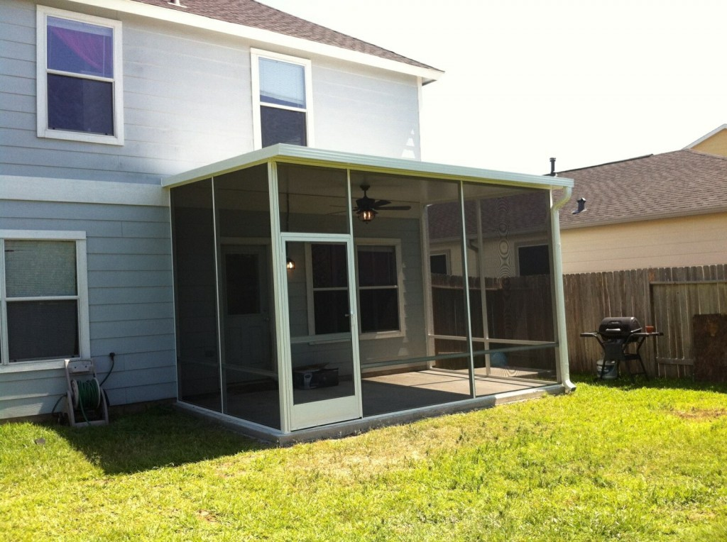 Covered patios and sunrooms home design idea for Screen room designs