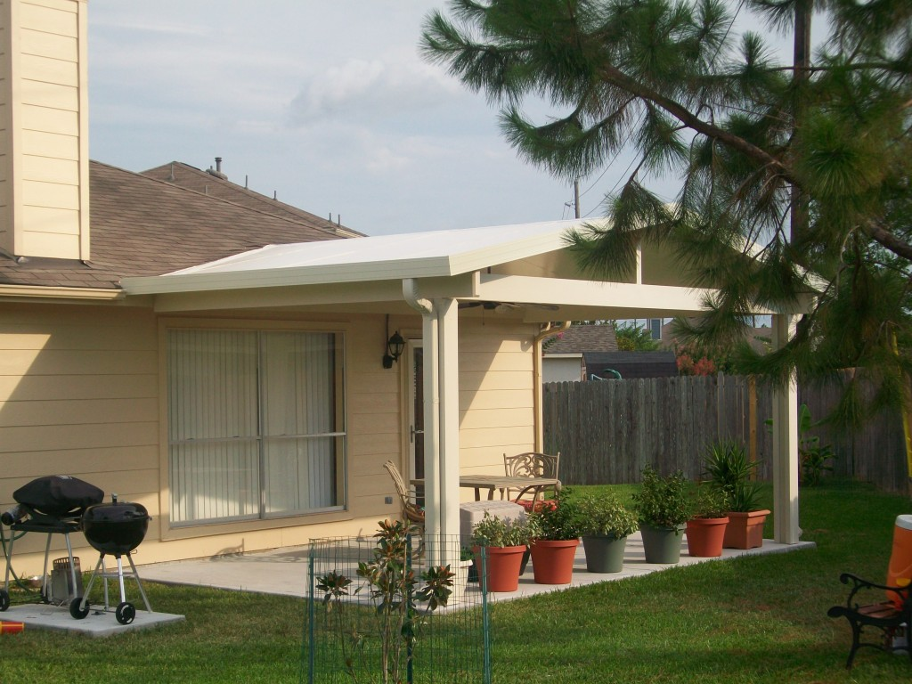 Low Cost Patio Covers in Tomball, Spring, Humble & Houston - Low Cost Patio Covers - Lone Star Patio Builders