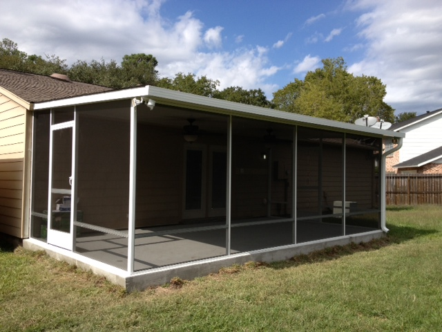 Screened Porch With Covered Patio In Houston