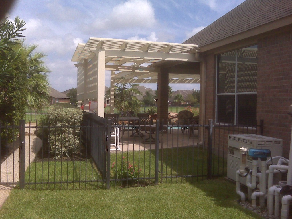 Aluminum pergola design in austin texas for Pergola aluminium design