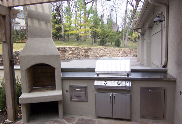 Stucco Outdoor Kitchen Design In Houston